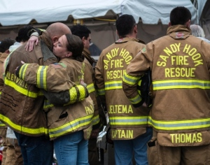 sandy-hook-volunteer-fire-rescue-members-mourn-newtown-conn
