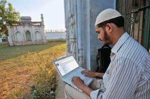 muslim_internet_20100621