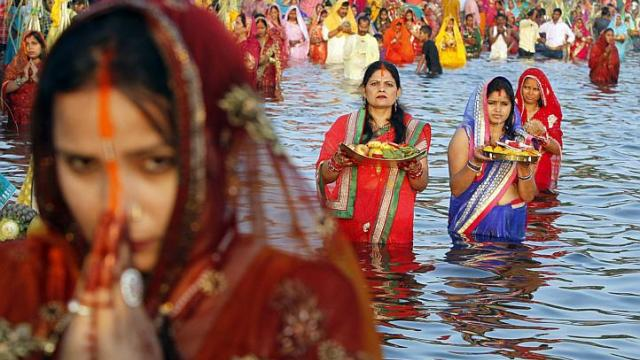Hindu group plans religious conversions of Muslims and Christians in ...