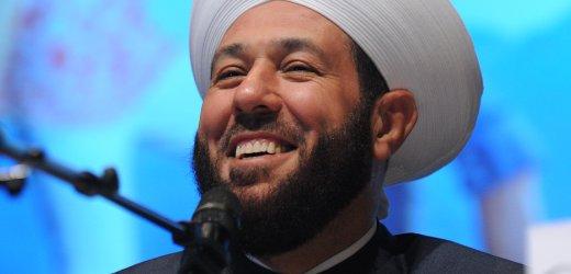 2. Ökumenischer Kirchentag am Samstag (15.05.2010) in München (Oberbayern): Der syrische Großmufti Sheik Ahmad Badr Al-Din Hassoun nimmt an einer Podiumsdiskussion mit dem Titel