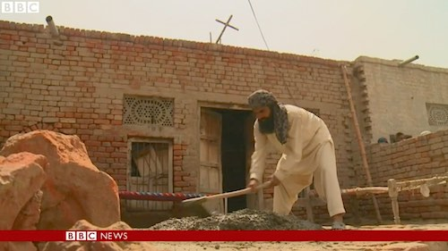 pakistani-muslims-helps-build-church-bbc-video