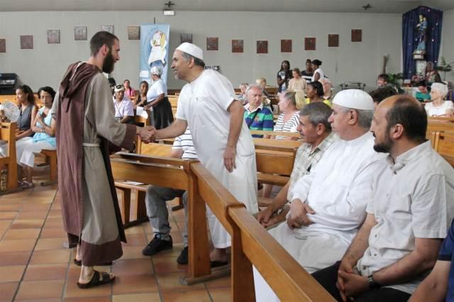 160731-muslim-france-church-1316_43793c514b44c9437c9459ad4f31fc70.nbcnews-ux-2880-1000