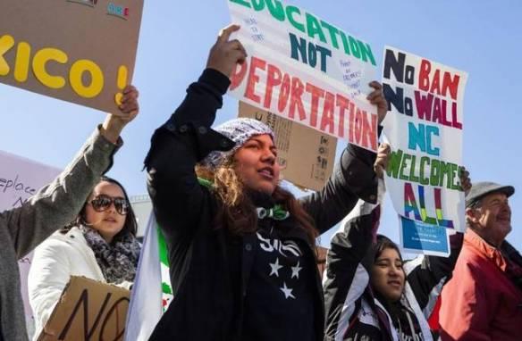 img_protest_front_2_1_slajsihe_l292836528