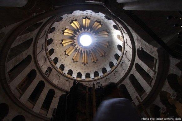 church-of-the-holy-sepulchre-rotunda-700x