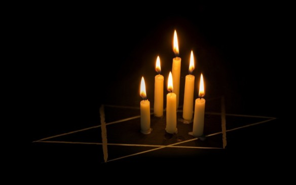holocaust-no-words-remembrance-shutterstock_340037450-1080x675