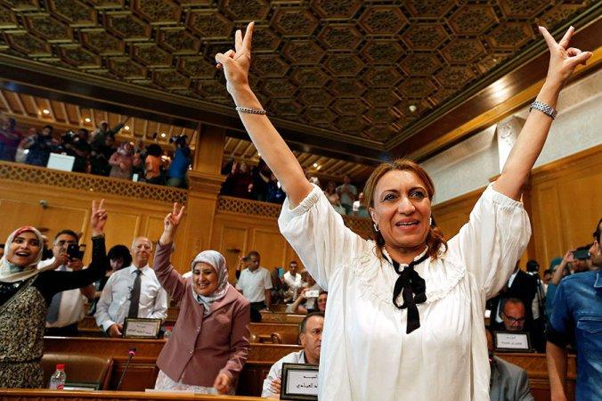 0917-musl-mod-women-tunisia