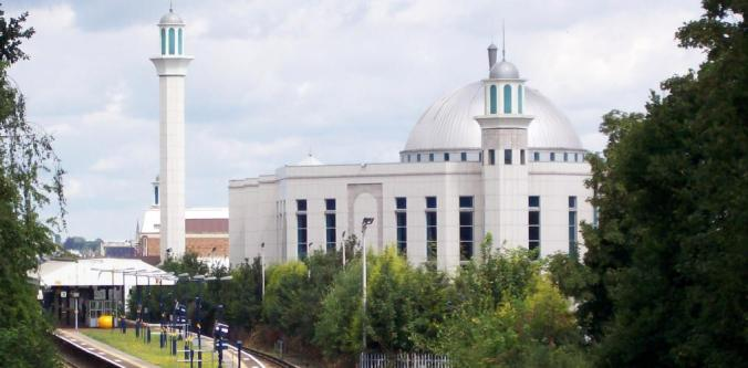 bait-ul-futuh_mosque_in_london
