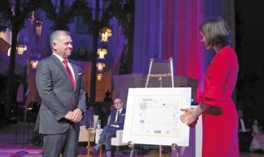 news_HM-king-Templeton-Prize-(8)