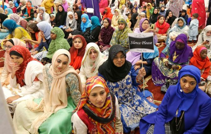 web RNS-Muslim women Washington state