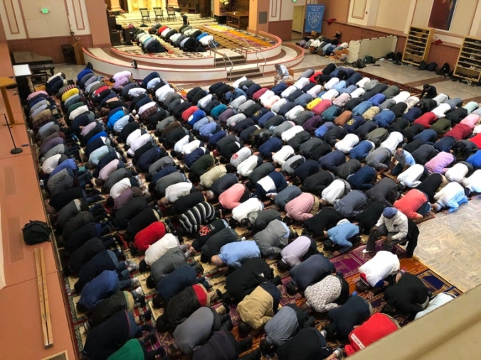 ens_102519_FridayPrayer_main-768x576