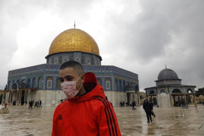 FILES-PALESTINIAN-ISRAEL-HEALTH-VIRUS